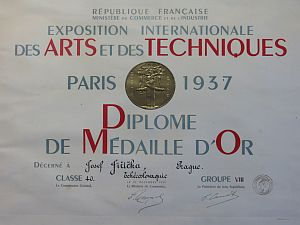 ARTISTIC GLAZIER JIŘIČKA – COUFAL DIPLOMA FROM THE WORLD EXHIBITION IN PARIS, 1937